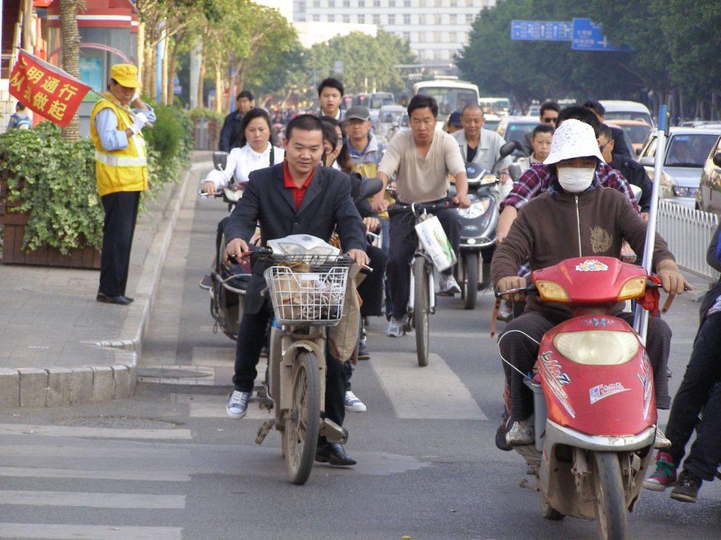Kreuzung in Kunming 2011