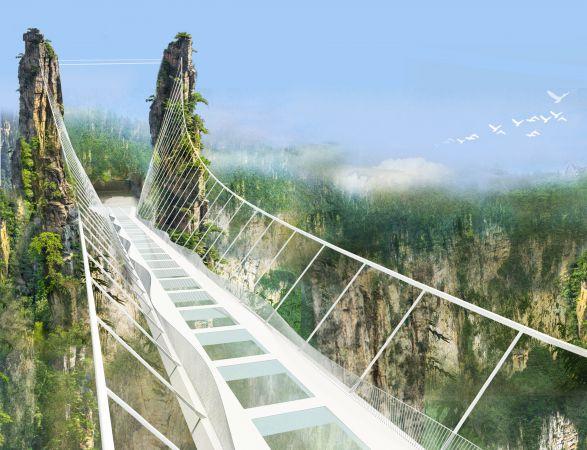 Glasbodenbrücke in Zhangjiajie